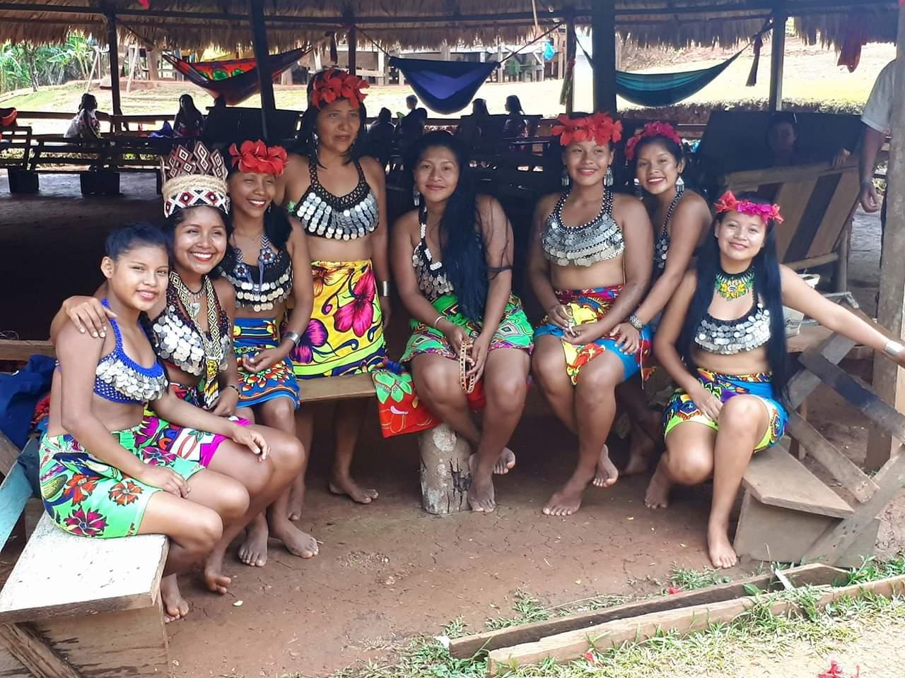 filles Embera Quera