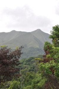 Paysage panaméen d'EL VALLE DE ANTON, ville du sud du Panama connue pour ses bains thermaux, ses paysages et ses montagnes luxuriantes